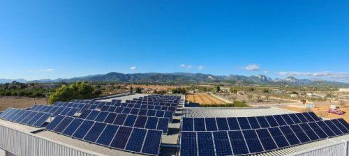 Instalación de paneles solares en Can Soler